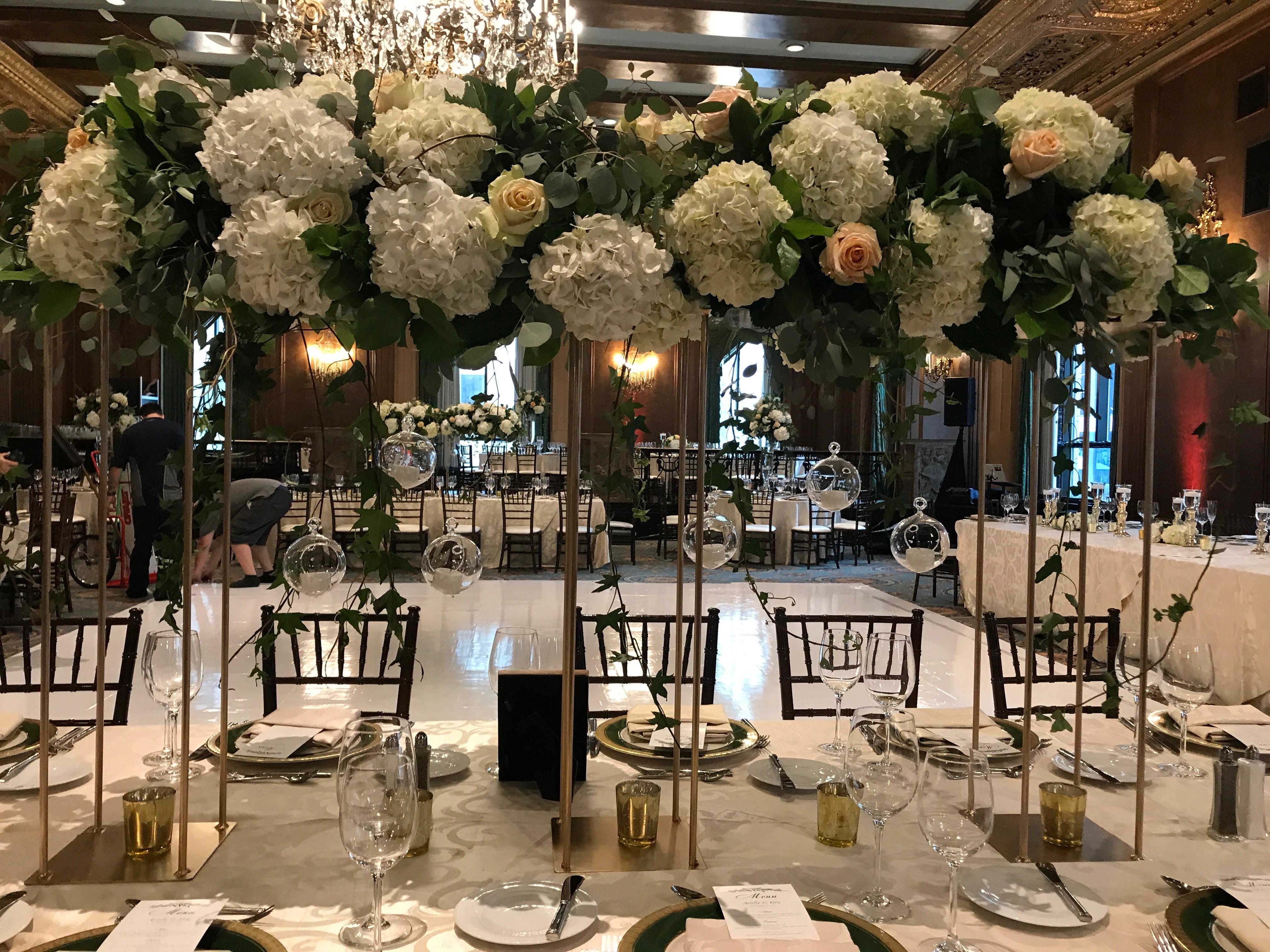 lush greenery wedding flowers chicago