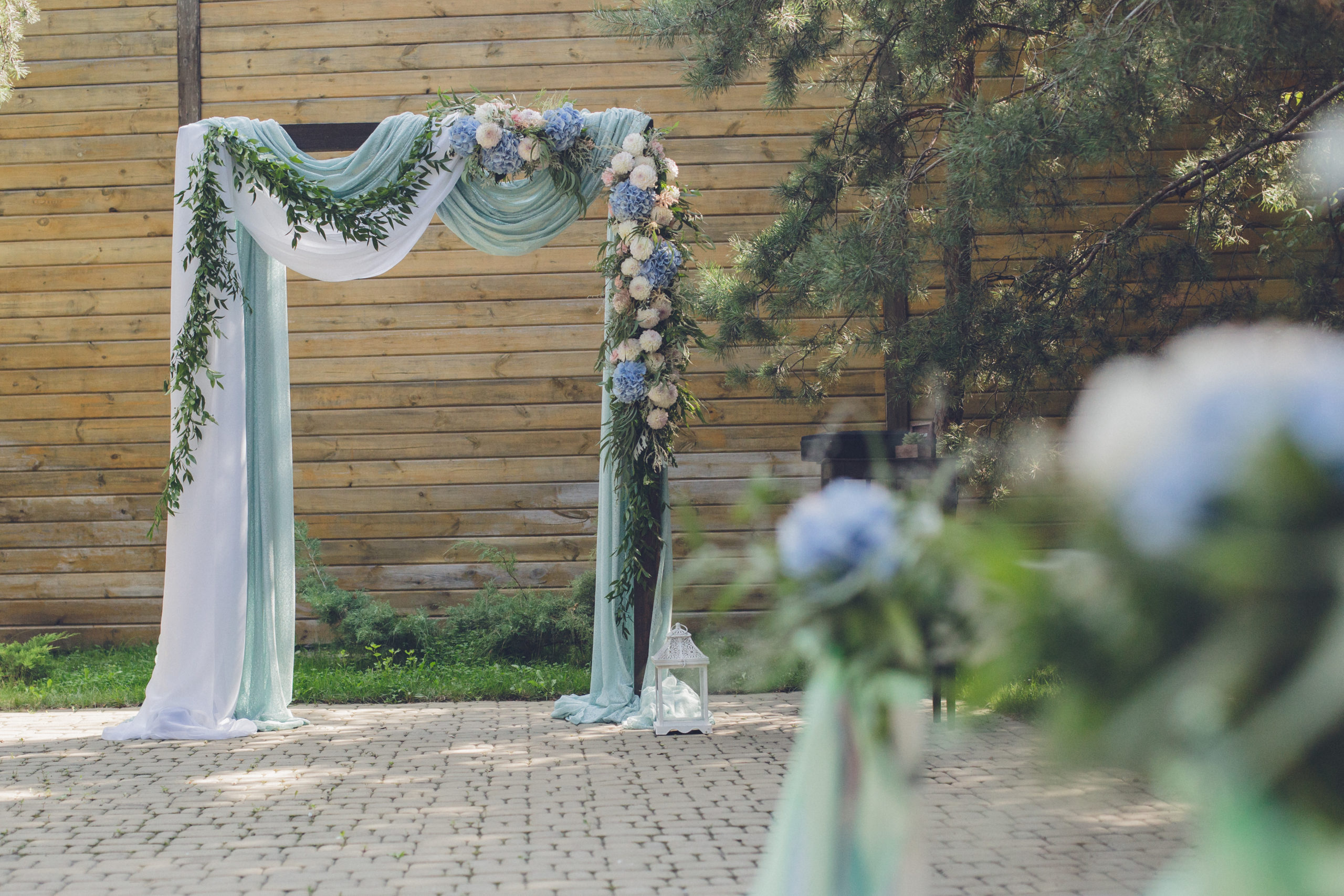 wooden ceremony arch rentals chicago